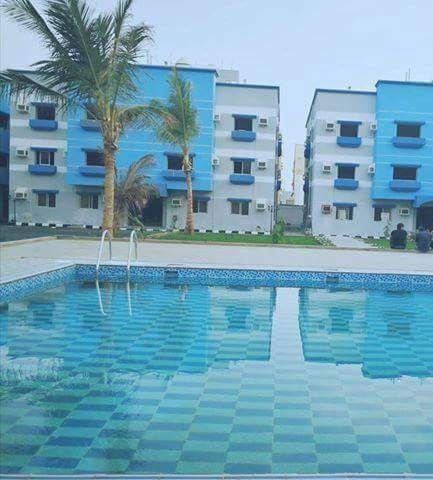 شقق VIP للايجار مطلة على حمام سباحة بكومباوند