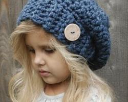 قبعات شتوية لبنوتك