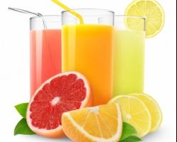 مشروبات صيفية تساعد على إزالة دهون البطن