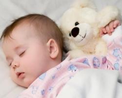 الوضعية المثالية لنوم الرضيع