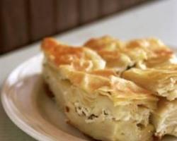 طريقة عمل الفطائر اليونانية المحشية بالجبن