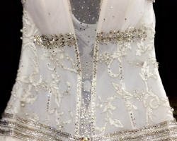فستان عروسه من تصميم مشغل فنون بجده